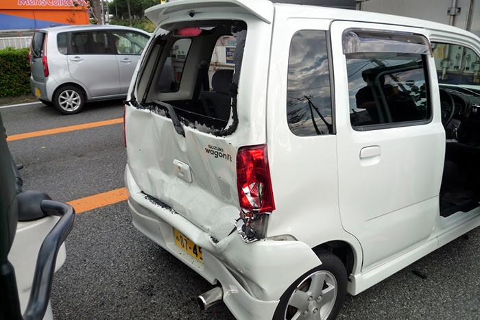 事故で壊れている故障者
