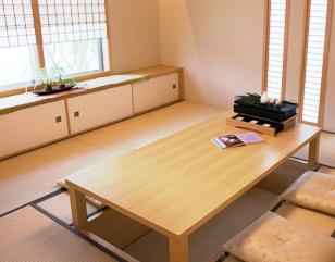 和室のテーブル